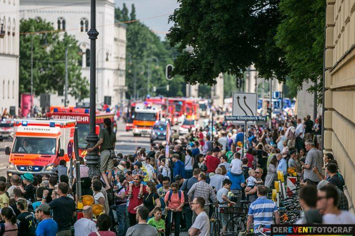 52000 Besucher der Firetage am Odeonsplatz, Ludwigsstrasse, Leopoldstrasse und auf dem Altstadtring
